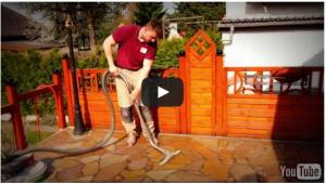 Terrassenfliesen reinigen - Balkonfliesen reinigen und schützen Tipps vom Stein-Doktor